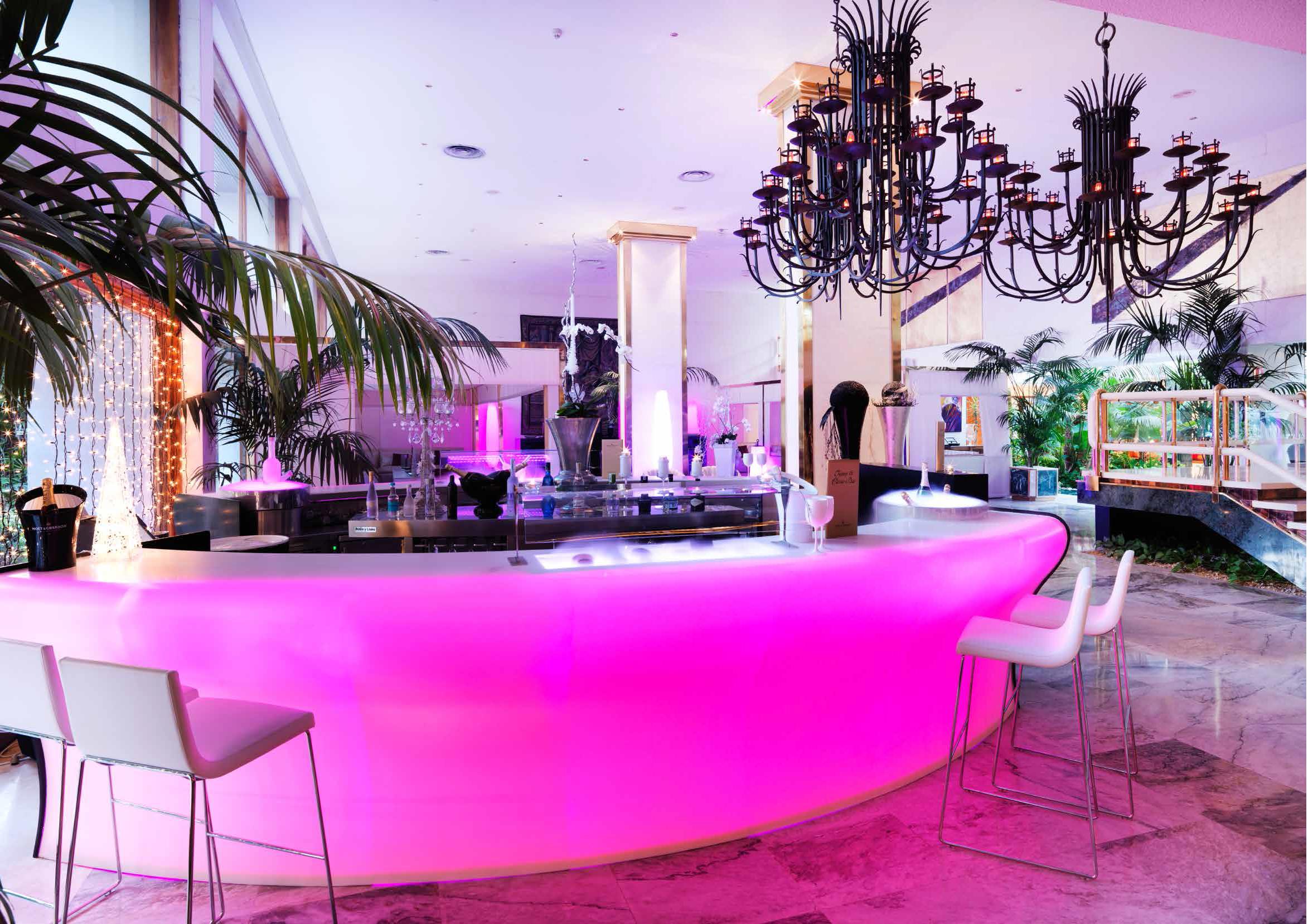 LIGHT PINK HOTEL